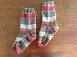 knitting pattern for socks using circular needles super easy sock pattern learn how to knit socks using the magic