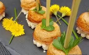 canapé saumon recette de bouchées au thon ou saumon sur canapé i cook in