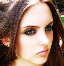 brown hair light skin blue eyes best hair color for fair skin blonde brunette red blue eyes