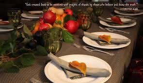 thanksgiving friends thanksgiving centerpiece a good verse nice table u0026 friends