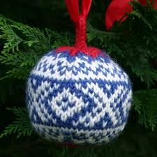 christmas balls u2013 a free knitting pattern pdf two strands