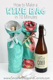 What To Put In A Wine Basket Přes 25 Nejlepších Nápadů Na Téma Wine Gifts Na Pinterestu