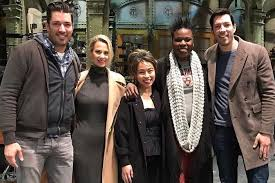 Property Brothers Cast The Property Brothers Offer Home Reno To Snl U0027s Leslie Jones