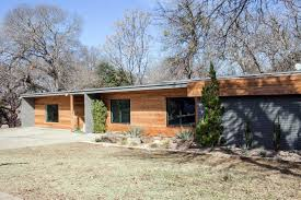 Mid Century Modern Ranch A Fixer Upper Take On Midcentury Modern Hgtv U0027s Fixer Upper With
