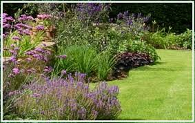 what do landscapers do landscapers in marlborough wiltshire including driveways garden