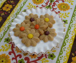 easy thanksgiving cookies happier than a pig in mud peanut butter spritz cookies