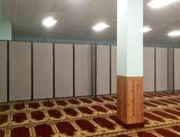 Room Divide Divide Worship Space Quickly With Versare Room Partitions