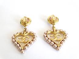 original earrings chic 1990s chanel pearl heart drop earrings at 1stdibs