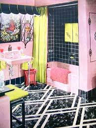 then i saw this wonderful pink and black bathroom with splashes of
