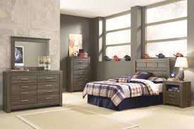 Bedroom Colors For Black Furniture Signature Design By Ashley Juararo Dresser Bedroom Mirror