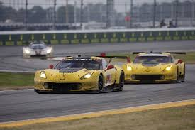 race to win corvette imsa corvette wins 12 hours of sebring 488 gt3 scores