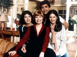 One Day At A Time one day at a time mackenzie phillips to guest on netflix reboot