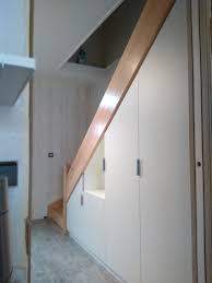 Placard Sous Escalier Avec Tablettes Rangements Sous Escalier Avec Penderie Et étagères