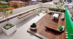 Townhouse Roof Offers Several Entertainment Interior Design - Apartment terrace design