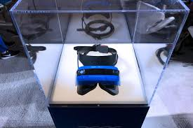 replacing vr and ar with u0027mixed reality u0027 is good for microsoft and
