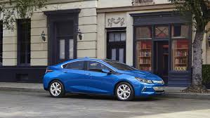 nissan leaf vs chevy volt gm cuts price on next gen 2016 chevrolet volt will it move the