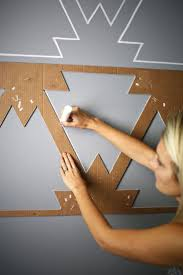 Best 25 Painting Walls Ideas by Painting A Design On A Wall Jumply Co
