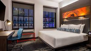 downtown philadelphia accommodations aloft philadelphia downtown breezy guest room