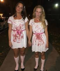 girl vire costumes 31 two person costumes that are borderline genius