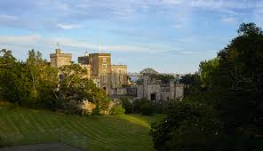housse siege auto castle powderham the devonshire castle that s been in the same family for