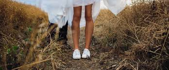 wedding shoes for grass 33 comfortable wedding shoes that are oh so stylish wedding forward