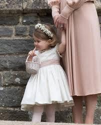 kate middleton gives princess charlotte a flower pep talk at