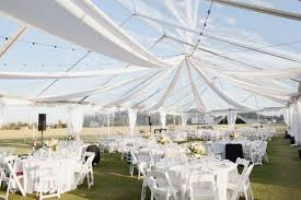 wedding tent 5 ways and 125 exles to decorate your wedding tent happywedd
