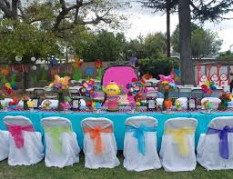 Mad Hatter Tea Party Centerpieces by 33 Beautiful Tea Party Decorations Table Decorating Ideas