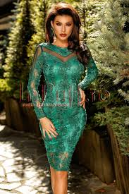 atmosphere rochii rochie de seara din dantela si tulle verde smarald atmosphere