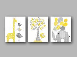 cadre chambre bébé lot de 3 illustrations pour chambre d enfant et bebe jaune et gris