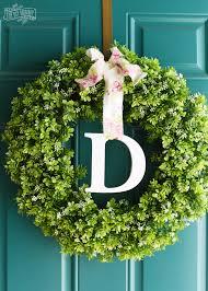 monogram wreath make a simple monogram wreath with the cricut explore air