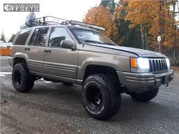 jeep grand cherokee all black 1996 jeep grand cherokee ceco series 042 rough country suspension