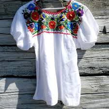 embroidered blouses best embroidered peasant blouse products on wanelo