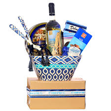 purim baskets israel purim salad dish gift basket israel only purim baskets