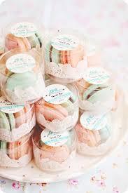 25 cupcake wedding favors ideas best 25 macaroon favors ideas on pink macaron wedding