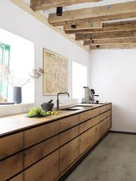 cuisine en bois massif moderne cuisine bois massif o le moderne se souvient de la tradition