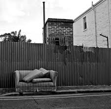 Uncomfortable Couch Couch Noir