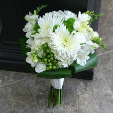 Wedding Flowers M Amp S Best 25 Chrysanthemum Wedding Bouquet Ideas On Pinterest