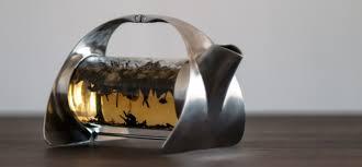 teekanne design teekannen mit stövchen ein souvenir oder gebrauchsgegenstand