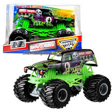 grave digger radio control monster truck wheels year 2011 monster jam 1 24 scale die cast metal body