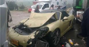 imagenes asquerosas de accidentes de tres carros de lujo en la vía a tunja