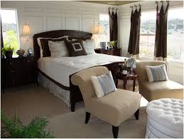 bedroom layout planner making small work how to decorate master