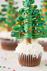 how to make christmas easy christmas tree cupcakes your cup of cake