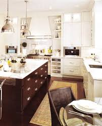 Kitchen Cabinets With Pulls Glossy White Kitchen Cabinets With Chrome Pulls Hardware Dark