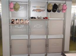 merchandise display case focal walls from display warehouse www displaywarehouse com
