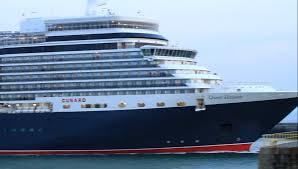 cruise ship cunard queen elizabeth leaving le havre horn youtube