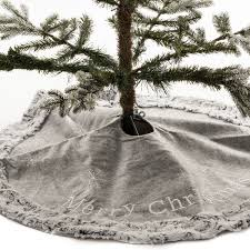 merry tree skirt with trim