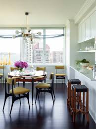 an inspiring nyc apartment takes advantage of incredible views