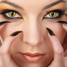 cheap prescription halloween contact lenses zombie contacts damage teen s eye zombie lenses in halloween