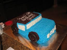 jeep cupcake cake fleur de fondant jeep cake